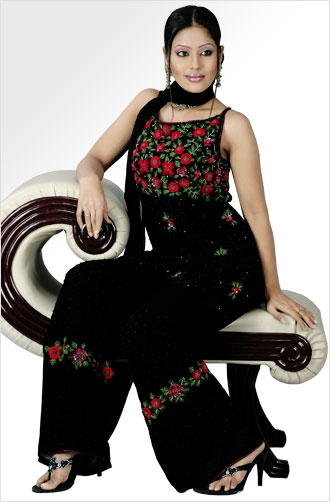Black And Red Color Short Pant Style Salwar