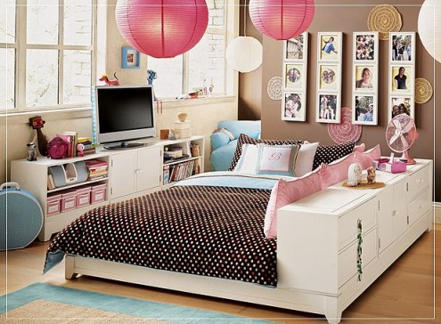 And here are some inspirational teen rooms for girls (they are from pbteen)