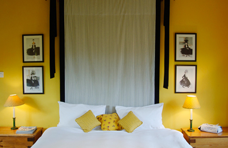 Decorating Your Bedrooms with Yellow | MinMit