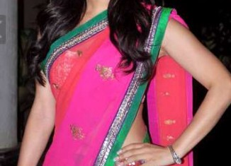 Bollywood actress Sophie Chowdhary in Half Saree