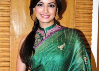 dia mirza green saree