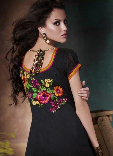 back-designer-salwar-kameez