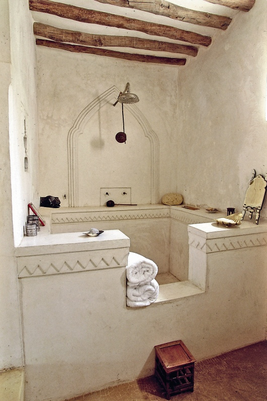 House-in-Kenya-designed-by-Marie-Paule-Pelle-in-african-arabian-style copy
