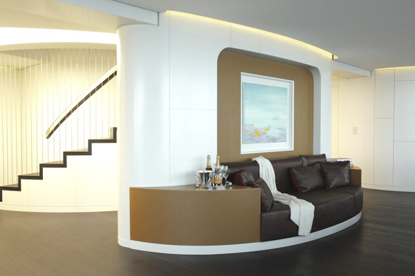 triplex-penthouse-hallway