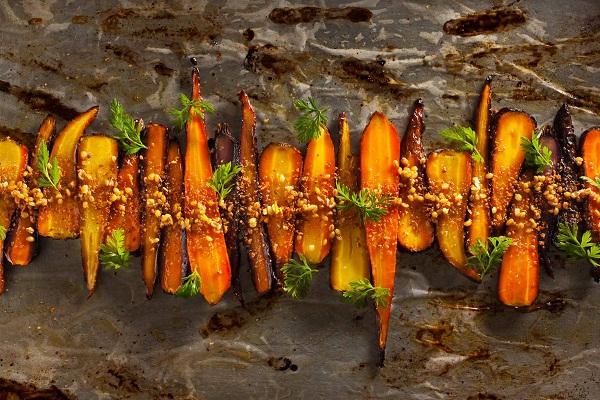 Roasted Carrots-francesco-tonelli-food-photography