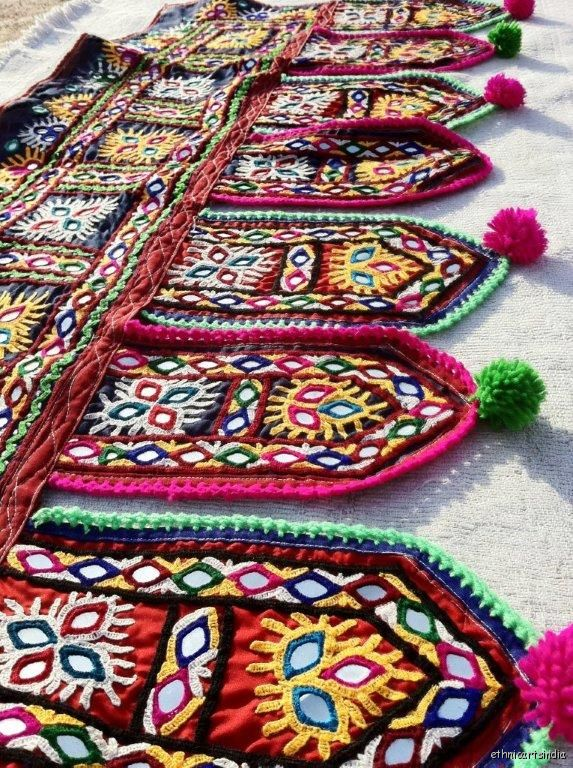 kutch_embroidered_wall-hanger