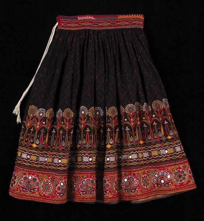 traditional_kutch_skirt
