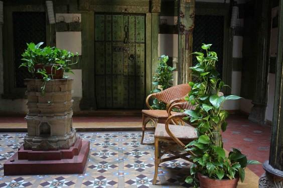 athangudi_tiles_chettinadu_interiors