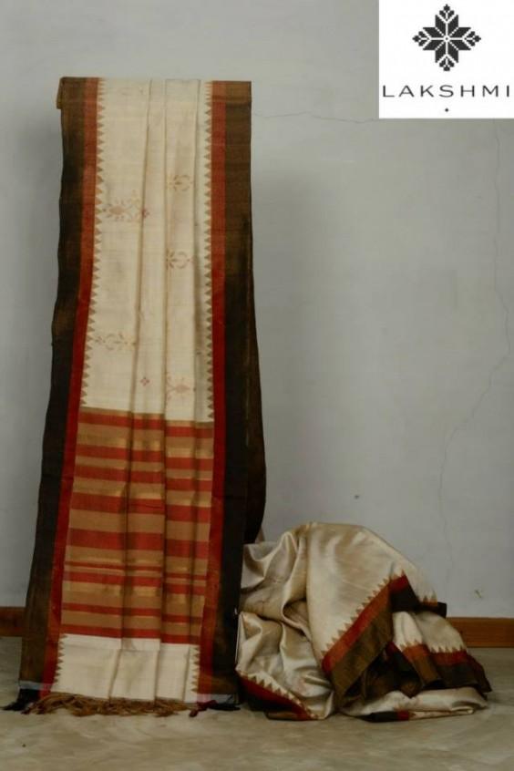 half white kanjivaram saree with kotakommalu border
