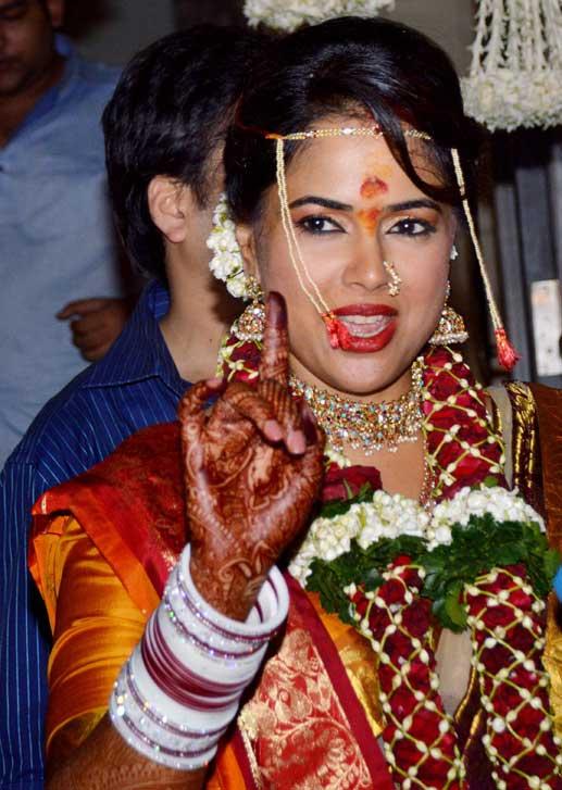 sameera reddy-akshay-wedding