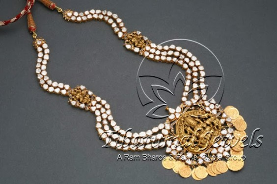 uncuts_lakshmi_pendant_necklace_tibarumals