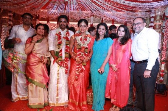 At-Director-Vijay-Amala-Paul-Wedding-Photo-4