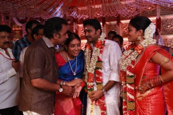 Ponvannan-And-Saranya-Ponvannan-At-Director-Vijay-Amala-Paul-Wedding-Photo-1