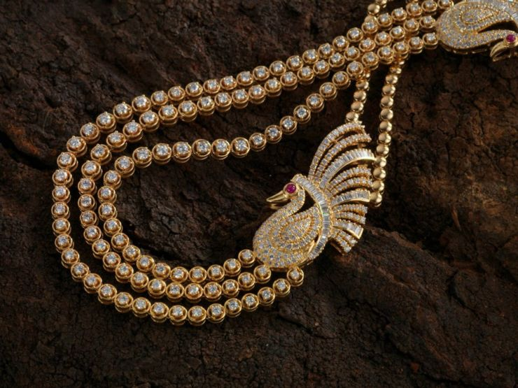 contemporary_diamond_necklace_from_navrathan_jewellers