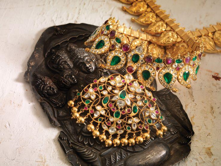emerald_diamond_necklae_from_navrathan_jewellers