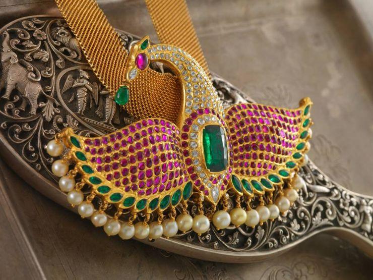 gemstone_peacock_pendant_from_navrathan_jewellers