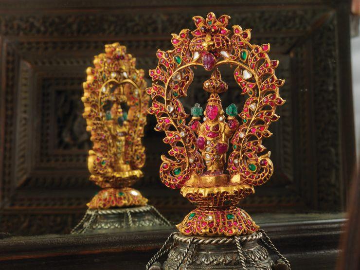 lakshmi_idol_from_navrathan_jewellers