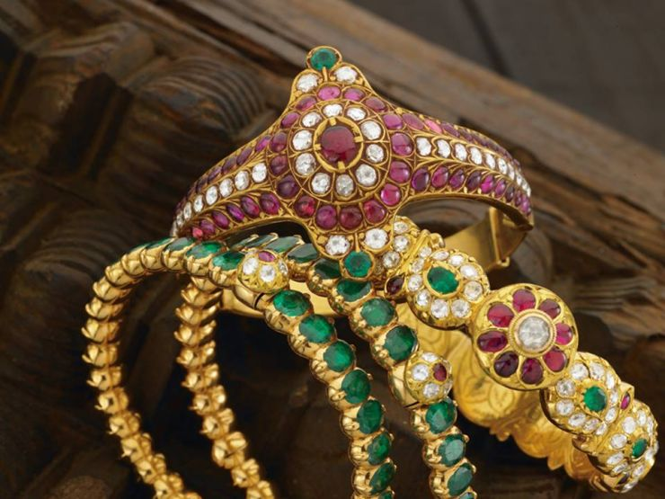 ruby_emerald_bangles_from_navrathan_jewellers