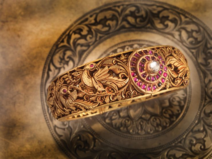 ruby_studded_peacock_bangle_from_navrathan_jewellers