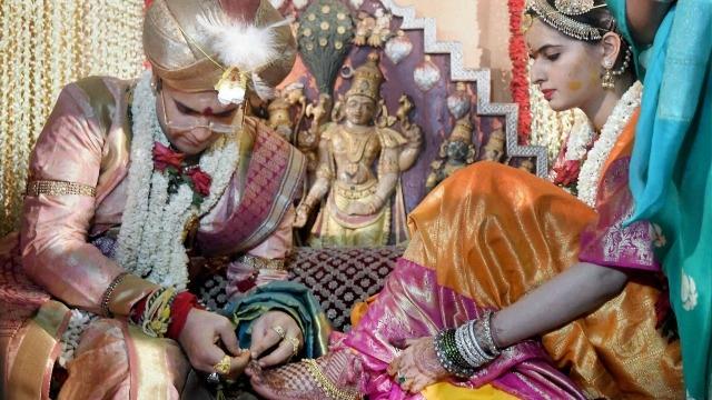 maharaja yadhuveer krishnadatta chamaraja wadiyar and trishika kumari marriage pics20