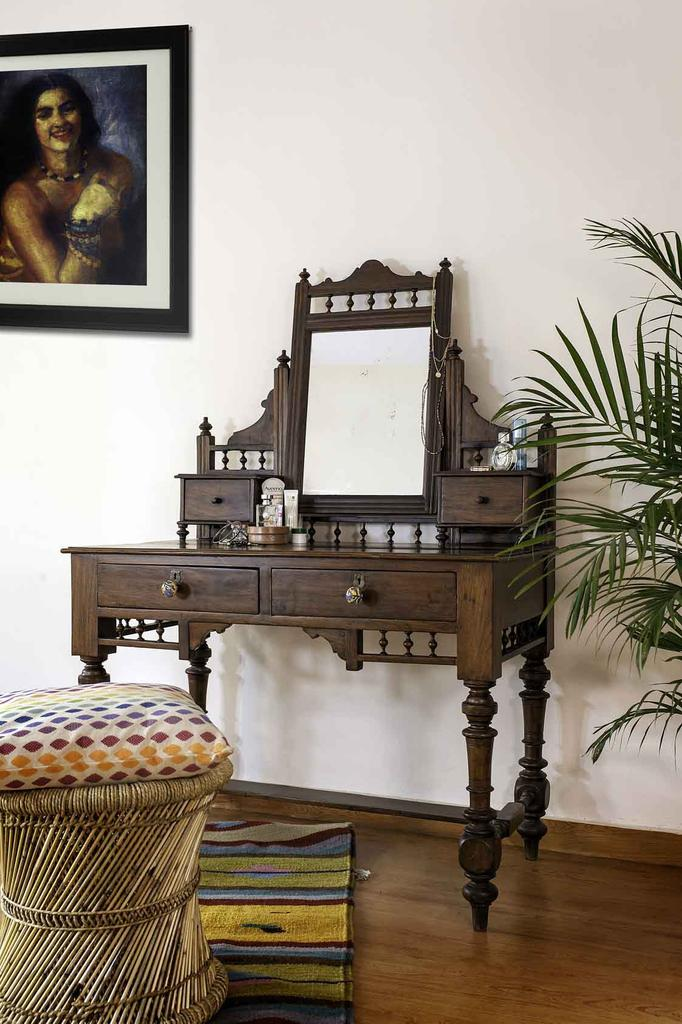 teakwood antique dressing table